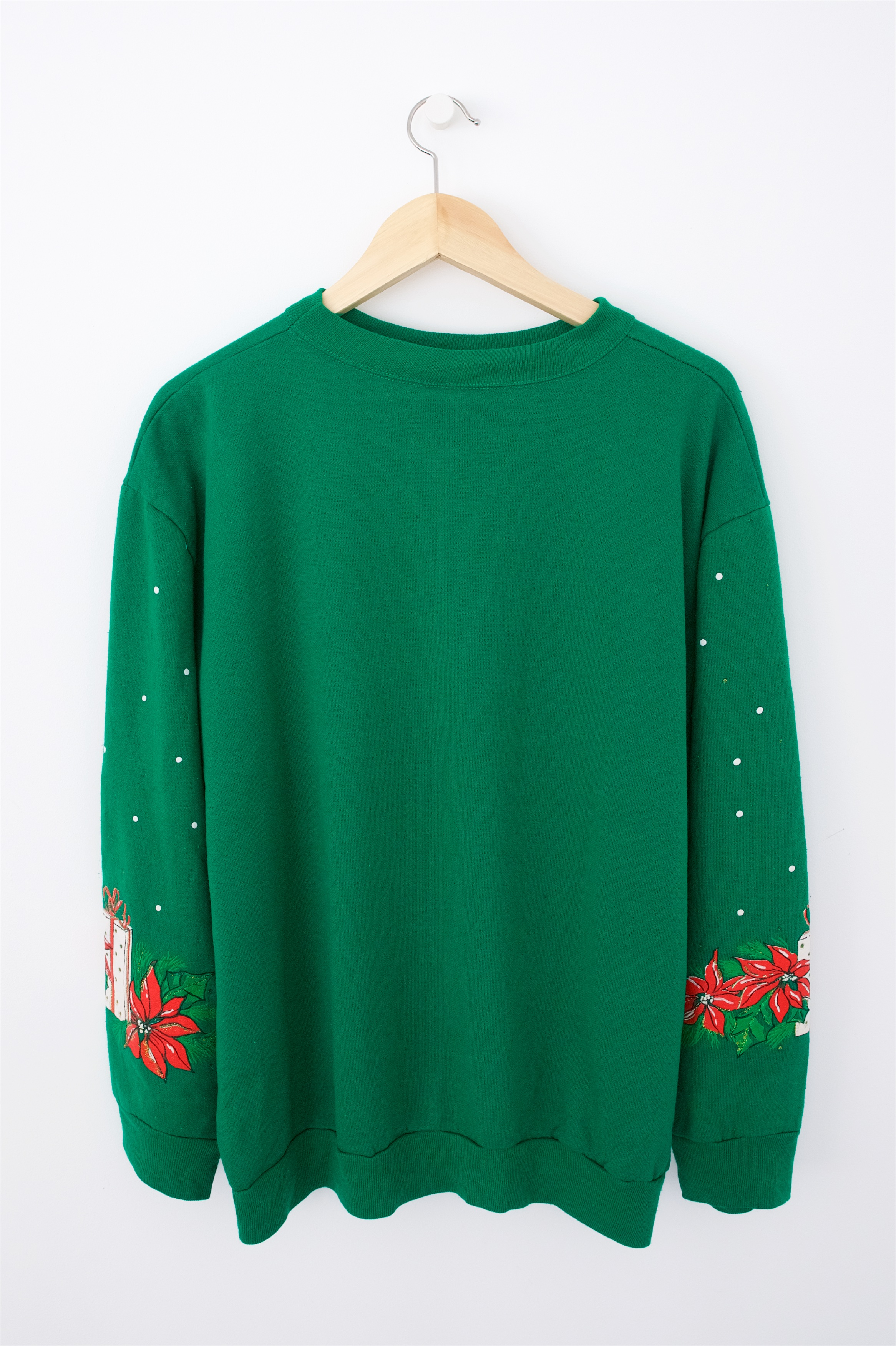 Green Day Christmas Sweater.Cats Baubles Christmas Sweatshirt